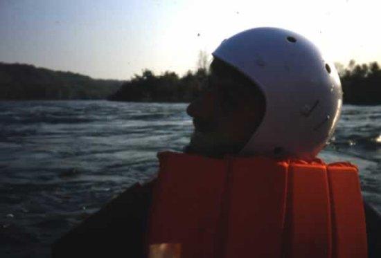 is_a03_21_kayak_in_piena